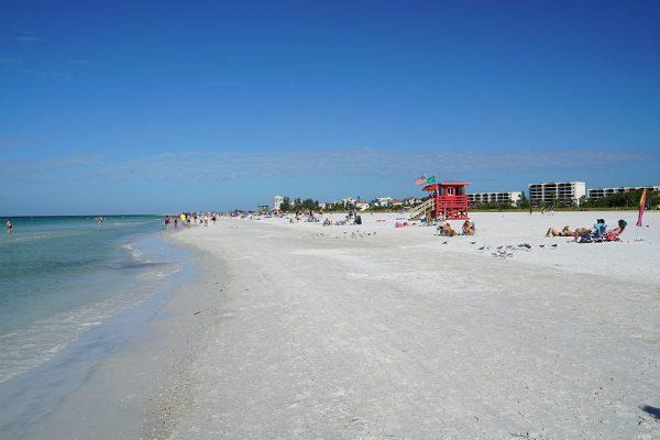 image of siesta key beach