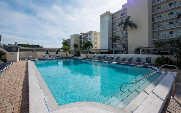 pool at siesta key condominiums