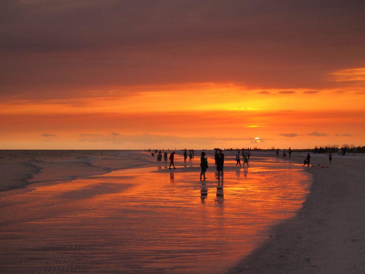 image of siesta key sunset